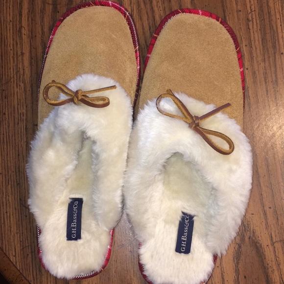 d02d9c9f5183 Bass Shoes - Bass slippers